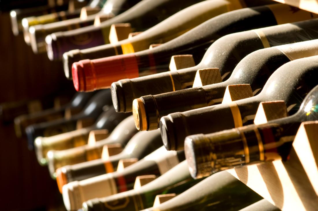ทำความรู้จักกับกระเช้าไวน์